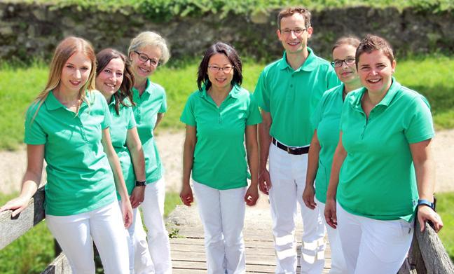 Hausarztpraxis und Betriebsarztpraxis Team mit Arzt Dr. med. Jan-Peter Juwana und Dr. med. Marieta Juwana